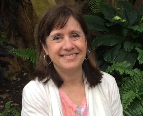 Dr Carolyn Lincoln Animal Behavior Veterinarian Cleveland Akron Ohio